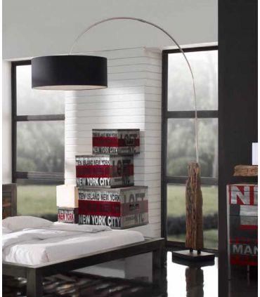 Lámpara de Pie en madera y metal : Modelo TEBAS