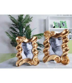 Portafotos de resina: modelo DUBLINO oro.