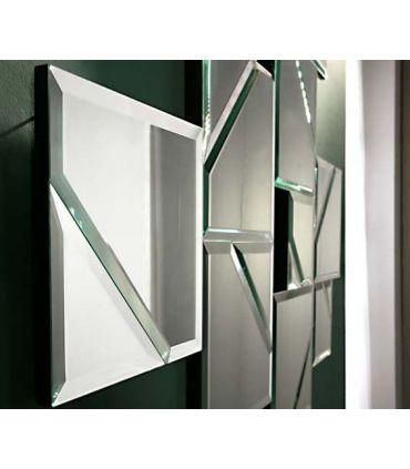 Espejo de pared con lunas biseladas modelo LANA Schuller