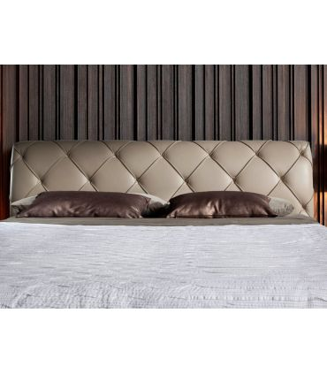 Cama tapizada de Diseño Italiano modelo CERON