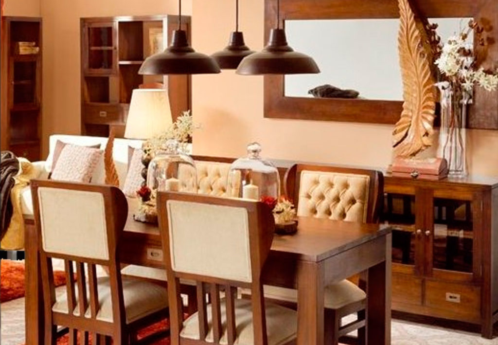 Decoración estilo colonial en madera de caoba colección flamingo de lka firma Moycor